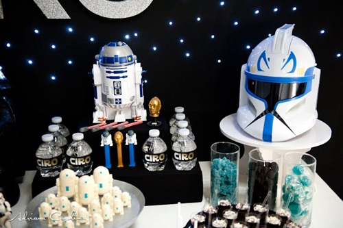 Impactante decoración de fiesta infantil Star Wars