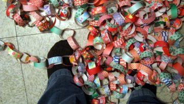 Guirnaldas o cadenas de papel para tus fiestas.