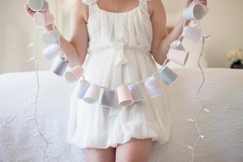 Guirnalda-de-luces-hecha-en-casa-con-vasos-desechables