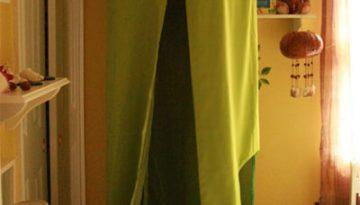 Tienda con cortinas y aro hula hula