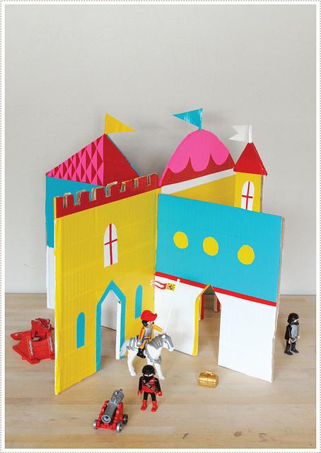 Castillo de cartón (actividad para fiesta)